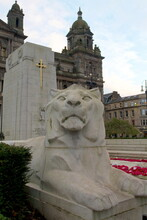 Lion Statue In Front Of Glasgo...