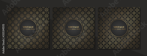 Set of Vintage seamless damask pattern and elegant floral elements in dark black and gold Fototapete