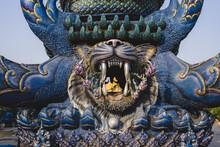 Blauer Tempel Wat Rong Seur Ten In Chiang Rai, Thailand