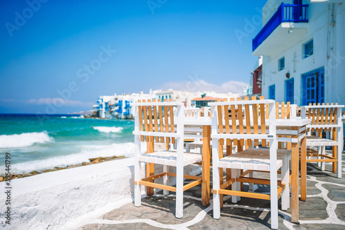 Stampa su Tela Amazing view of Little Venice the most popular attraction in Mykonos Island Gree