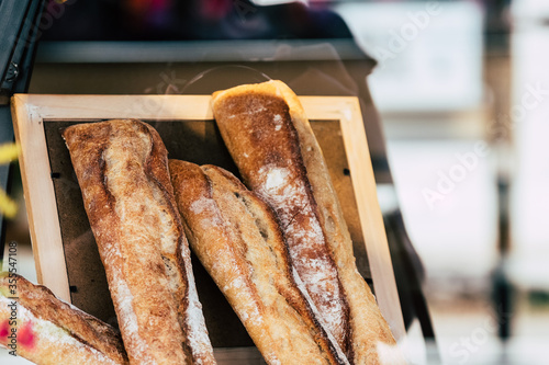 Valokuva Baguette de pain chez un boulanger