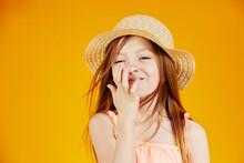 Jolie Jeune Enfant Fille Cauca...