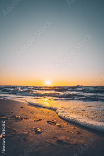 Obraz Sonnenuntergang an der Ostsee - fototapety do salonu