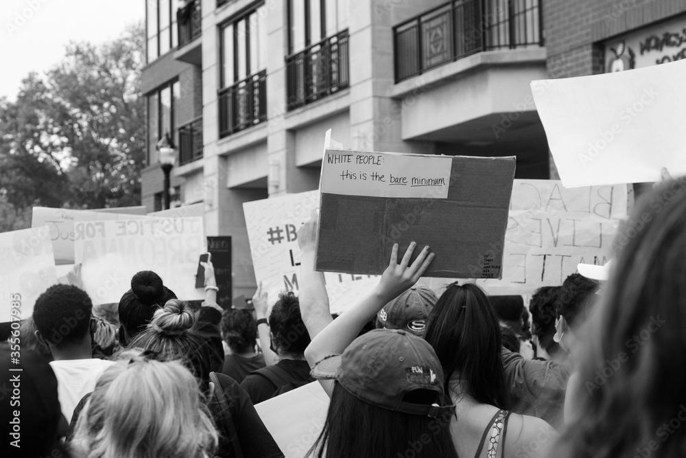 Fototapeta Hoboken, NJ / USA - June 5th, 2020: Black Lives Matter Peaceful Protest in Hoboken, NJ
