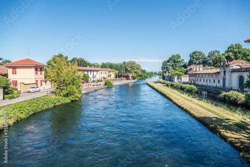 Photo The Naviglio River in Cassinetta di Lugagnano