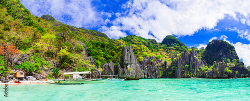 Fototapeta Tropical nature and  exotic wild beauty of unique Palawan island. Magical El Nido. Philippines, island hopping obraz