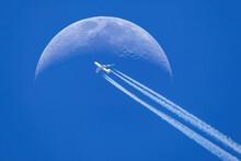 Passenger Plane - Airliner Pas...
