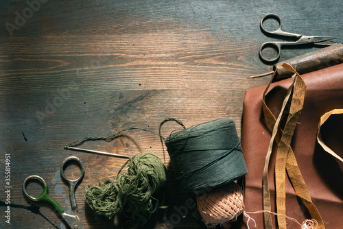 Obraz Old sewing accessory flat lay background. - fototapety do salonu