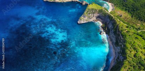 Photo Aerial view at sea and rocks
