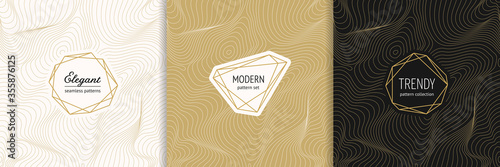 Vector golden seamless pattern collection with modern minimal labels. Luxury minimalist linear gold backgrounds with thin curved lines. Metal foil abstract texture. Dynamic surface. Trendy design - fototapety na wymiar