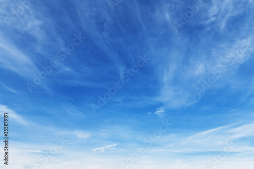 Photo beautiful blue sky with cloudy