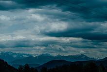 Vue Panoramique Sur Les Montag...