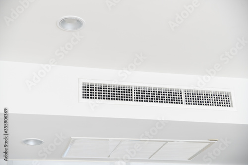 Fotografia, Obraz Ceiling mounted cassette type air conditioner
