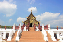 Traditional Thai Architecture ...