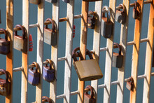 Locks To Seal The Heart On Wel...