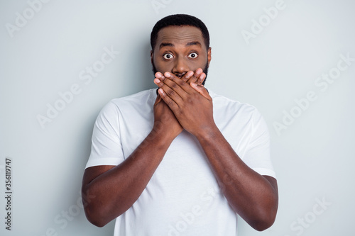 Cuadros en Lienzo Photo of helpless dark skin african american guy unfairly society shut up black