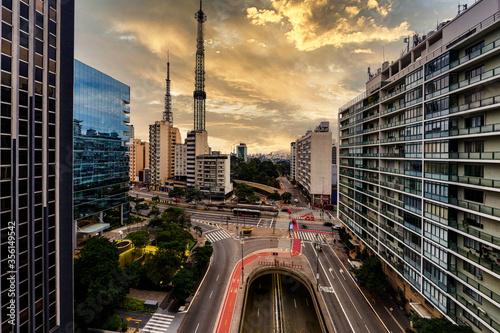 Fotografia, Obraz Por do sol na avenida paulista