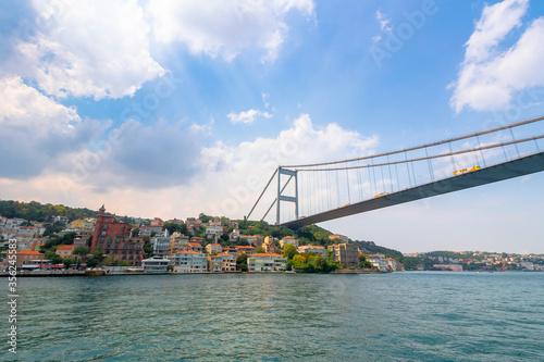 Cuadros en Lienzo istanbul, turkey - AUG 18, 2015: fatih sultan mehmet bridge above the bosphorus