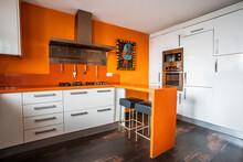 Contemporary Kitchen Interior ...