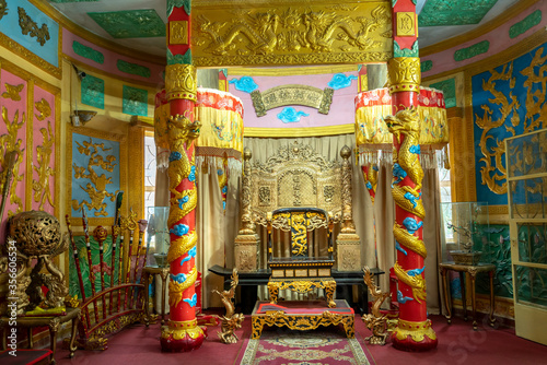 Cuadros en Lienzo The main hall in Bao Dai palace, where the king met with courtiers during feudal times, this is a cultural heritage still preserved today in Da Lat, Vietnam