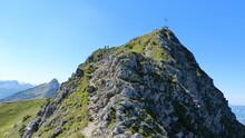 Gamsbocksteig Vor Dem Gipfel Der Krinnenspitze Im Tannheimer Tal, Österreich