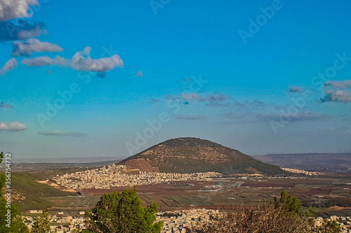 Fényképezés Beautiful view of Mount Tabor and the surrounding countryside in Israel