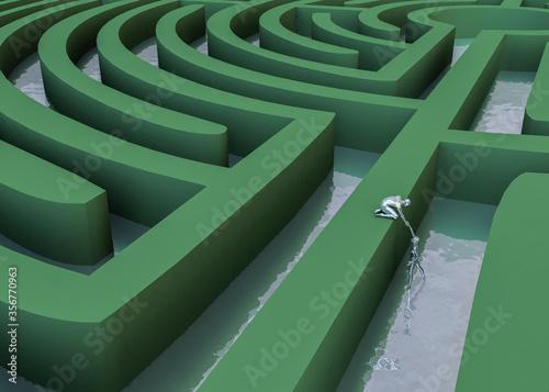 Photo Estrategia alternativa de dos figuras 3d plateadas en un laberinto circular