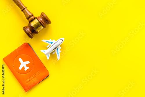 Cuadros en Lienzo Flight cancellation