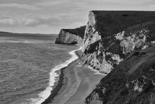 Cliff Of England In Black And ...