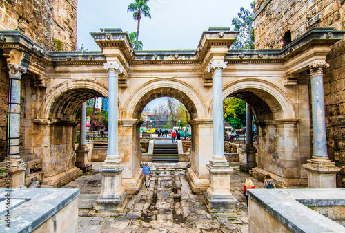 The Hadrian Gate in Antalya City. Fototapet