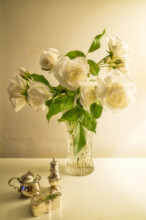 Bouquet Of White Roses In Crys...
