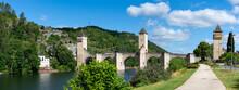 Pont Valentré à Cahors, Lot,...