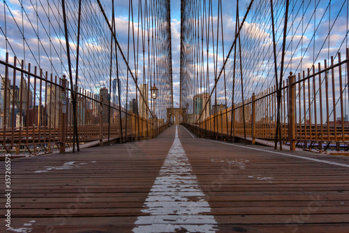 USA, New York, New York City, Diminishing perspective of Brooklyn Bridge Fototapeta