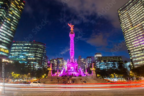 Obraz The Angel of Independence in Mexico City, Mexico. - fototapety do salonu