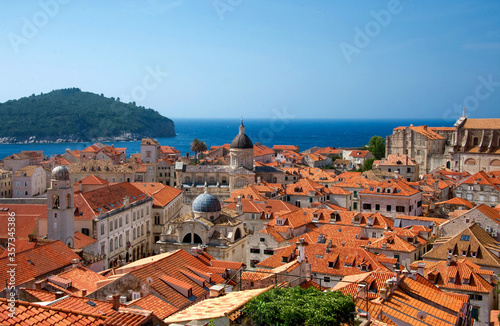 Fototapety, obrazy: red roofs of Dubrovnik old town Croatia with a clear blue sky and Adriatic sea in the background