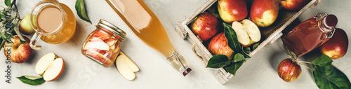Fototapeta Apple cider vinegar and fresh apples obraz