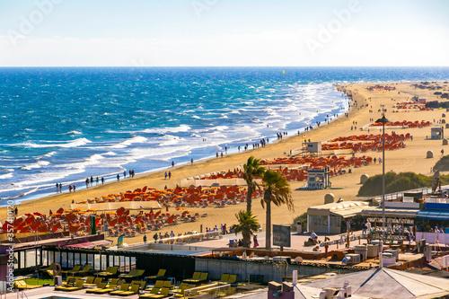 Obraz na plátně Picturesque Maspalomas Beach (Playa de Maspalomas) on Gran Canaria island, Canary Islands, Spain
