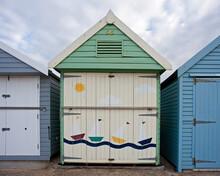 Dreams By The Sea Beach Hut Pa...