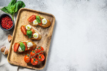 Sandwiches With Tomatoes, Mozz...