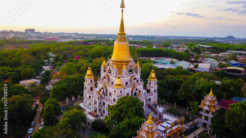 Drone View of Buu Long pagoda at District 9, Ho Chi Minh City, Vietnam Fototapet