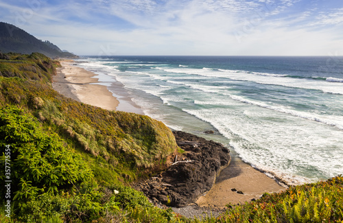 Pacific ocean from Brays Point, Oregon, USA Canvas Print