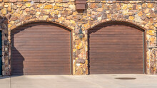 Panorama Crop Front Door And T...