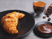 Yummy Freshly Three Croissant ...