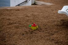 Children's Red-yellow Watering...