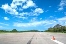 Airport Runway Beautiful Blue ...