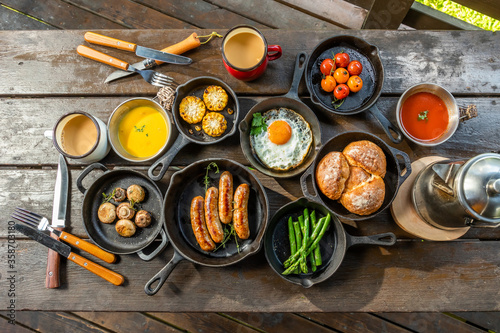 Papel de parede アウトドア料理 variety of outdoor dishes by camping