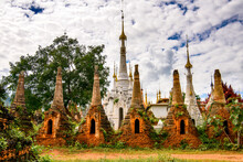 It's Shwe Indein Pagoda, A Gro...