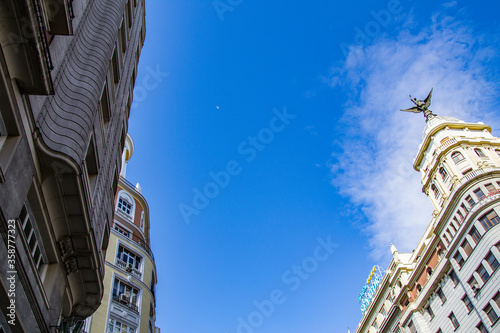 It's Statue of Angel on the Hotel on the Gran Via street (Great Way), Madrid, Spain Fototapet