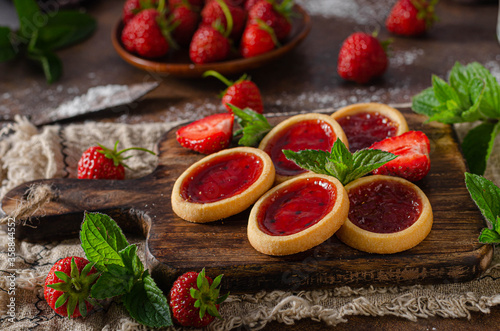 Beutiful and delish tartlets Canvas Print