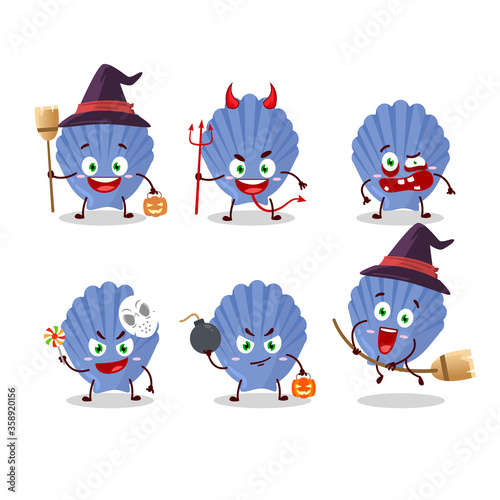 Tablou Canvas Halloween expression emoticons with cartoon character of blue shell